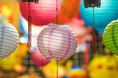 Όμορφο φανάρι με την εκλεκτική εστίαση στην κινεζική πόλη Στοκ Φωτογραφία