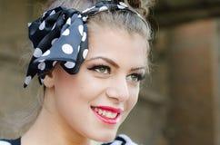 όμορφο φυσικό πορτρέτο κοριτσιών ματιών ομορφιάς makeup Στοκ Φωτογραφίες