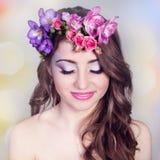 Όμορφο χαμογελώντας κορίτσι Στοκ εικόνες με δικαίωμα ελεύθερης χρήσης