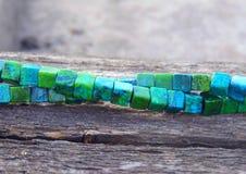 Όμορφο χειροποίητο περιδέραιο malachite της πέτρας Στοκ εικόνες με δικαίωμα ελεύθερης χρήσης