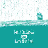 όμορφο χιονώδες εξοχικό σπίτι Χριστουγέννων και διακοσμημένο δέντρο έλατου ελεύθερη απεικόνιση δικαιώματος