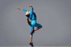 όμορφο χορεύοντας κορίτ&sigma Στοκ Εικόνα