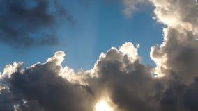 Όμορφο χρονικό σφάλμα cloudscape φιλμ μικρού μήκους