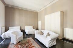 Όμορφο δωμάτιο ξενοδοχείου Στοκ φωτογραφία με δικαίωμα ελεύθερης χρήσης