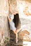 Όμορφο ballerina που χορεύει υπαίθρια Στοκ φωτογραφίες με δικαίωμα ελεύθερης χρήσης