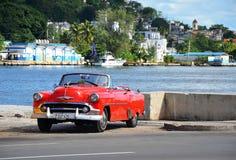 Όμορφο Chevrolet σε Malecà ³ ν, παλαιά Αβάνα Στοκ Φωτογραφία