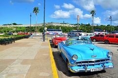 Όμορφο Chevrolets σε Malecà ³ ν, παλαιά Αβάνα Στοκ φωτογραφία με δικαίωμα ελεύθερης χρήσης