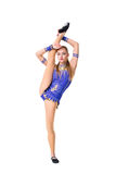 Όμορφο gymnast έφηβη αθλητών που φορά το μπλε leotard χορευτών που επιλύει, χορός, που κάνει την άσκηση απομονωμένος Στοκ φωτογραφία με δικαίωμα ελεύθερης χρήσης