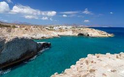Όμορφο seascape στο νησί της Μήλου, Κυκλάδες, Ελλάδα Στοκ Φωτογραφίες