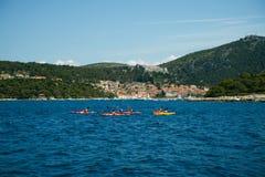 Όμορφο seascape, Hvar και διασπασμένο κανάλι Ταξίδι, ιστιοπλοϊκό, Στοκ εικόνες με δικαίωμα ελεύθερης χρήσης