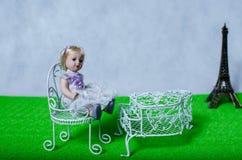 Όνειρα παιδικής ηλικίας για το Παρίσι Στοκ φωτογραφία με δικαίωμα ελεύθερης χρήσης