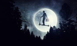 Όνειρο νύχτας επιχειρηματιών Μικτά μέσα Στοκ φωτογραφίες με δικαίωμα ελεύθερης χρήσης