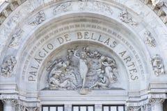 Όνομα και γλυπτό Palacio de Bellas Artes Στοκ φωτογραφίες με δικαίωμα ελεύθερης χρήσης