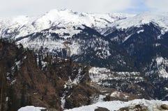 όντας ερχόμενο τοπίο βουνών βουνών κτηρίων στοκ φωτογραφίες με δικαίωμα ελεύθερης χρήσης