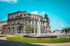 Όπερα στη Δρέσδη, Γερμανία Theaterplatz Στοκ φωτογραφία με δικαίωμα ελεύθερης χρήσης