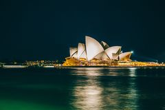 όπερα Σύδνεϋ σπιτιών της Αυ&sig στοκ φωτογραφίες