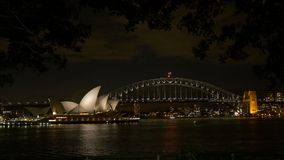όπερα Σύδνεϋ νύχτας σπιτιών απόθεμα βίντεο