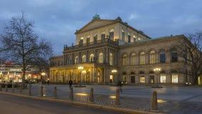 Όπερα του Αννόβερου στο χειμερινό βράδυ Ένα θέατρο ενσωμάτωσε το κλασσικό ύφος μεταξύ 1845 και 1852 Χρονικό σφάλμα απόθεμα βίντεο