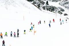 όπως επικίνδυνα παγετώνας αμοιβών feegletscher τα γνωστά που βασικά saas τρεξιμάτων θερέτρου μερών χωρίζουν το σκι κάνοντας σκι Ε Στοκ φωτογραφία με δικαίωμα ελεύθερης χρήσης