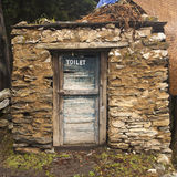 Όπως οι τουαλέτες στα Ιμαλάια σε Pangboche Στοκ Εικόνες