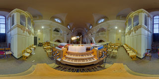 Όργανο σωλήνων στην καθολική εκκλησία Piarists σε Cluj-Napoca, Ρουμανία Στοκ Εικόνα