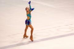 Όρενμπουργκ Ρωσία - 26 Μαρτίου 2016: Τα κορίτσια ανταγωνισμών λογαριάζουν το σκέιτερ Στοκ Φωτογραφία