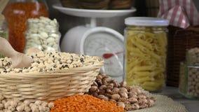 Όσπρια Dlicious και υγιή φυσικά τρόφιμα μιγμάτων απόθεμα βίντεο