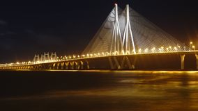 Όταν η γέφυρα ανάβει επάνω Στοκ εικόνες με δικαίωμα ελεύθερης χρήσης
