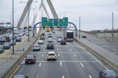 λόφος leonard Μασαχουσέτη π αποθηκών γεφυρών της Βοστώνης zakim Γέφυρα Hill αποθηκών Zakim στη Βοστώνη - τη ΒΟΣΤΩΝΗ, ΜΑΣΑΧΟΥΣΕΤΗ  Στοκ Εικόνα