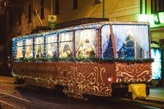 Όχημα τραμ διακοσμήσεων Χριστουγέννων στοκ εικόνα με δικαίωμα ελεύθερης χρήσης