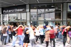 Όχλος λάμψης χορού Στοκ φωτογραφία με δικαίωμα ελεύθερης χρήσης