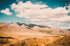 όψη κοιλάδων της Ουκρανίας βουνών της Κριμαίας Στοκ Φωτογραφία