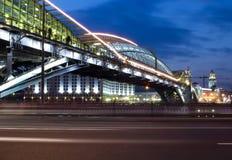 όψη νύχτας της Μόσχας γεφυρ Στοκ φωτογραφία με δικαίωμα ελεύθερης χρήσης