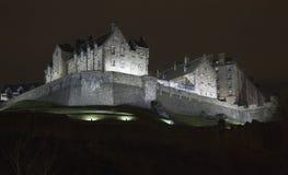 Όψη νύχτας του Εδιμβούργου Castle, Σκωτία Στοκ Φωτογραφίες