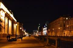 Όψη νύχτας του καναλιού Griboyedov στο ST Πετρούπολη Στοκ Εικόνες