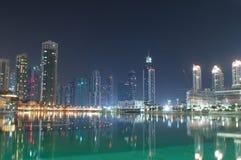 όψη νύχτας του Ντουμπάι στοκ φωτογραφίες με δικαίωμα ελεύθερης χρήσης