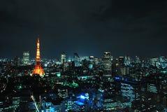 όψη πύργων του Τόκιο νύχτας Στοκ Φωτογραφίες