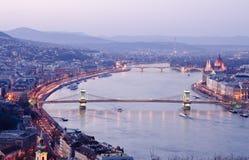 Όψη της Βουδαπέστης τη νύχτα, Ουγγαρία Στοκ φωτογραφία με δικαίωμα ελεύθερης χρήσης