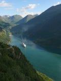 όψη της Νορβηγίας βουνών φιορδ geiranger Στοκ Εικόνες