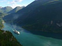όψη της Νορβηγίας βουνών φιορδ geiranger Στοκ Φωτογραφίες