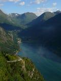 όψη της Νορβηγίας βουνών φιορδ geiranger Στοκ εικόνες με δικαίωμα ελεύθερης χρήσης