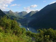 όψη της Νορβηγίας βουνών φιορδ geiranger Στοκ Εικόνα