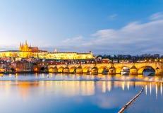 όψη της Πράγας κάστρων cesky τσεχική πόλης όψη δημοκρατιών krumlov μεσαιωνική παλαιά Στοκ φωτογραφία με δικαίωμα ελεύθερης χρήσης