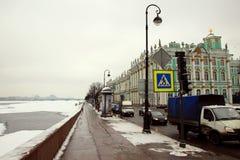 Όψη του αναχώματος παλατιών Στοκ φωτογραφία με δικαίωμα ελεύθερης χρήσης