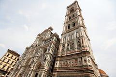 Όψη του πύργου κουδουνιών του καθεδρικού ναού Σάντα Μαρία del Fiore, Φλωρεντία, Ιταλία στοκ φωτογραφία με δικαίωμα ελεύθερης χρήσης