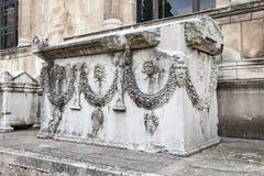 1908 όλη η αρχαιολογία χτίζει τις εποχές κατασκευής πολιτισμών διαμορφώνει τα ελληνικά σπίτια Κωνσταντινούπολη ιστορίας εκατομμύρ Στοκ εικόνες με δικαίωμα ελεύθερης χρήσης