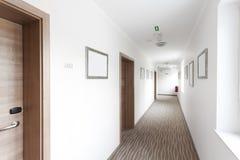 όλη περιοχής εικόνα ξενοδοχείων διαδρόμων fous τέχνης corridore η ολόκληρη σημαντική πέρα από την αιχμηρή μη αναγνωρίσιμη εργασία Στοκ Φωτογραφία