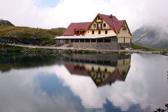 ύδωρ αντανακλάσεων λιμνών &k στοκ εικόνες