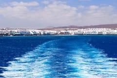 ύδωρ ιχνών πορθμείων βαρκών στοκ εικόνες με δικαίωμα ελεύθερης χρήσης