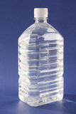ύδωρ μπουκαλιών Στοκ εικόνα με δικαίωμα ελεύθερης χρήσης